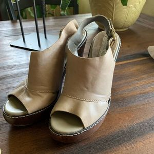 Grayish tan leather platform shoes